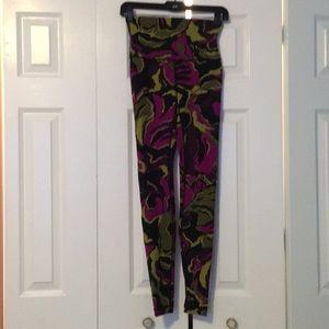 Lululemon purple & green HW leggings sz 4 56392